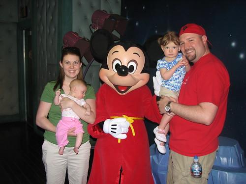 Disneyland 4-09_059