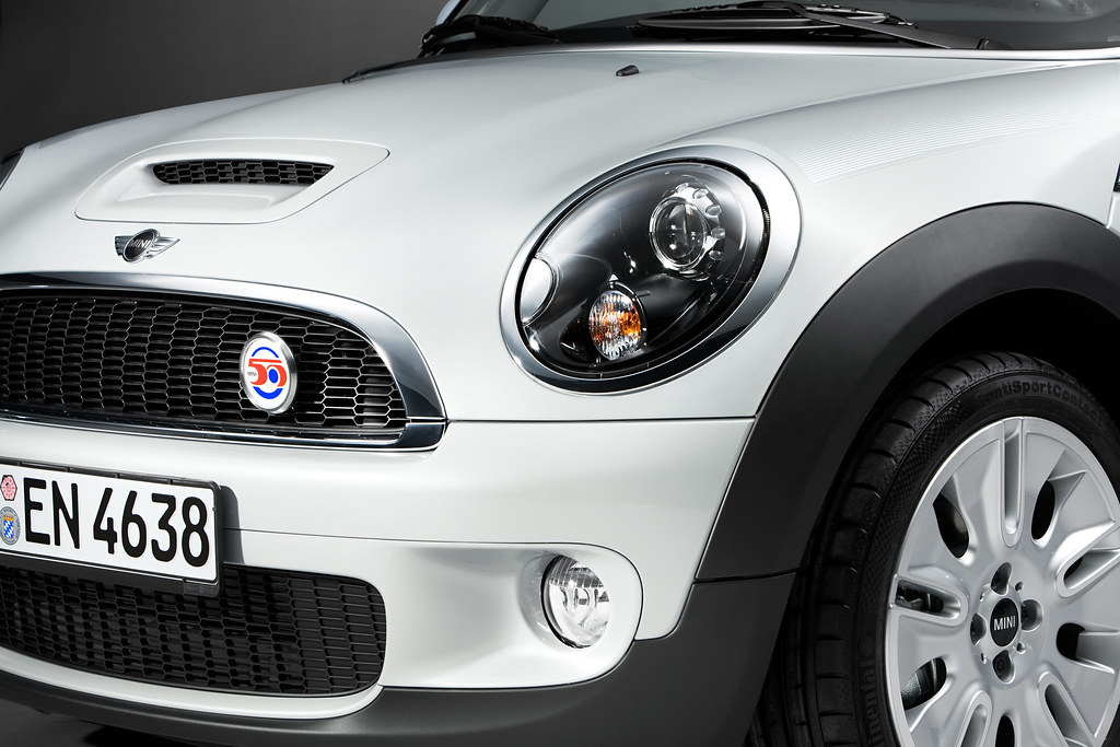 MINI hood scoop System