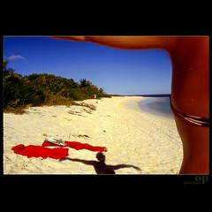 Caribbean Dream (Osvaldo_Zoom) Tags: shadow red beach coral composition dream caribbean