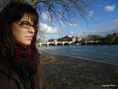 Girl - Pont Neuf - Paris - France (porto.raphael) Tags: new paris france girl frana pont alessandra neuf brigde