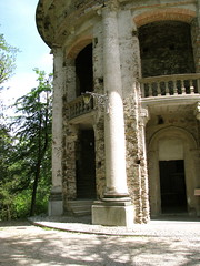 Incompletely wonderful (chainsmokergirl) Tags: park trees italy lake green alberi lago woods italia chapel piemonte piedmont cappella sacromonte lagodorta lakeorta ortasangiulio