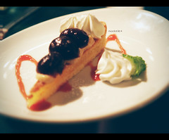 tarte of season (moobelle*) Tags: parco japan dessert cafe sapporo hokkaido shelf tarte darkcherry