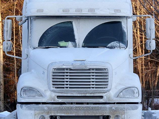 SN850554_salt_truck