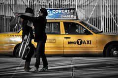 street nyc woman ny newyork man love yellow scarf cab taxi lovers covered portfolio sciarpa coverme