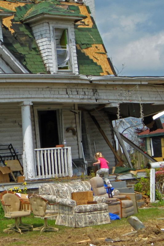 Mena Tornado 2009 44