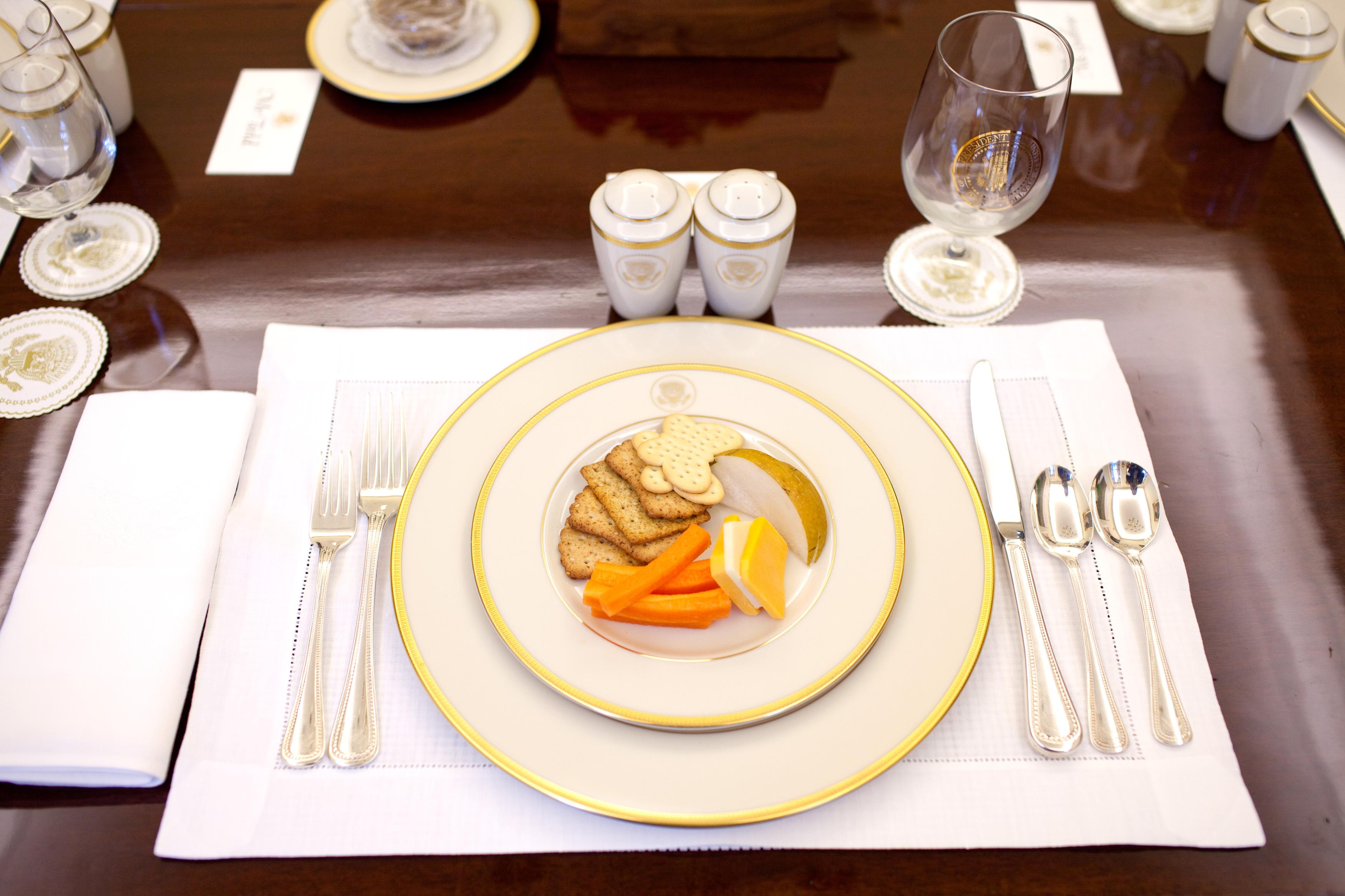 Barack Obamas Food Favorites Revealed in White House Photos : 348483486883571640f5o from visualrecipes.com size 3500 x 2333 jpeg 1727kB