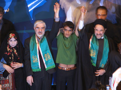 Khatami Supports Mousavi in Presidential Elect...