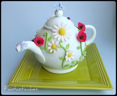 Torta teiera / Teapot cake (side view) (Fantasticakes (Ccile)) Tags: flowers cake butterfly novelty poppies teapot sugarmodelling