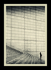 Pigeon Steps (Andy Bracey -) Tags: travel paris france pigeon steps ladefense lagrandearche bracey superaplus aplusphoto artofimages bestcapturesaoi andybracey