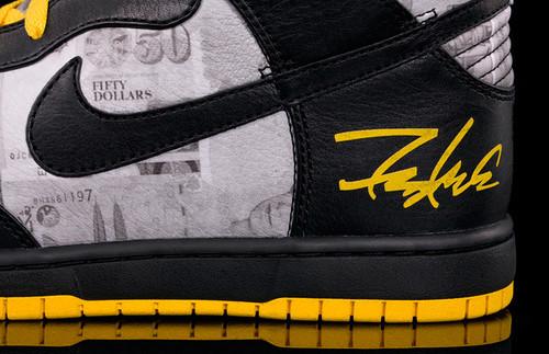 Nike Livestrong Futura