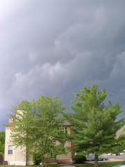 A scary storm rolls in 02 (octopus.gallery) Tags: sky storm scary thunderstorm rollingin roiling aroundtheneighborhood