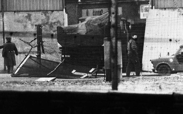 柏林墙倒塌照片13