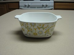 Floral Bouquet (twin72) Tags: vintage casserole corningware thrifted floralbouquet 134quart