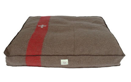 swisscamp_dogbed