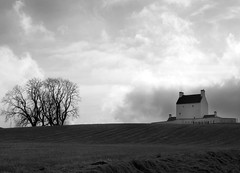 Corgarff Castle, Aberdeenshire (w11buc) Tags: scotland aberdeenshire postcard linn mountians cairngorms braemar riverdee deeside grampian odee corgarff 5photosaday blackwhitephotos greatscot postcardoftheweek