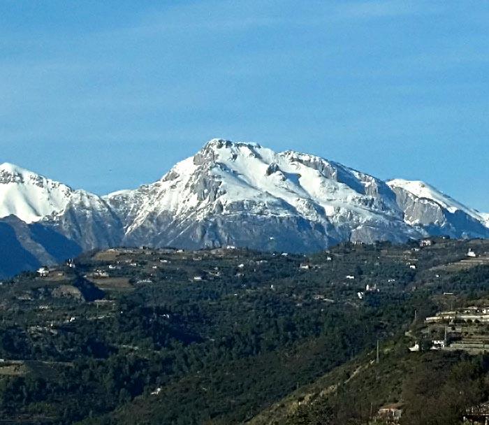 genoa-return-mountains-1559