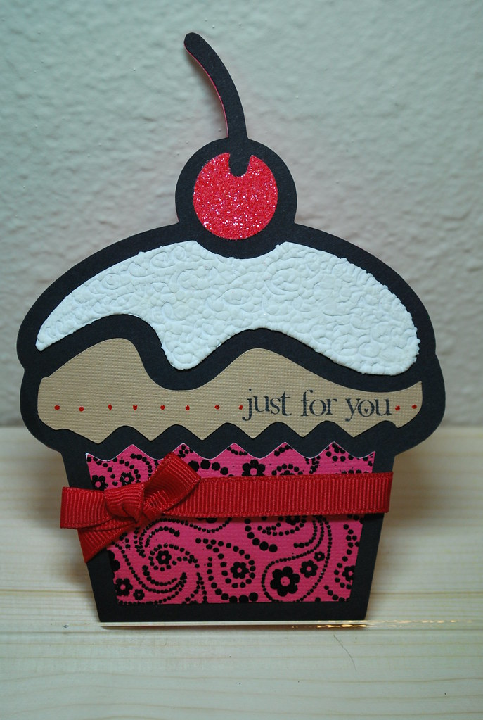cupcake shape card