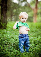 Where's your belly? ({amanda}) Tags: autumn boy cute green grass kid toddler child little naturallight nmk 85mm12l amandakeeysphotography
