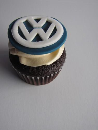 Volkswagen Logo Cupcake