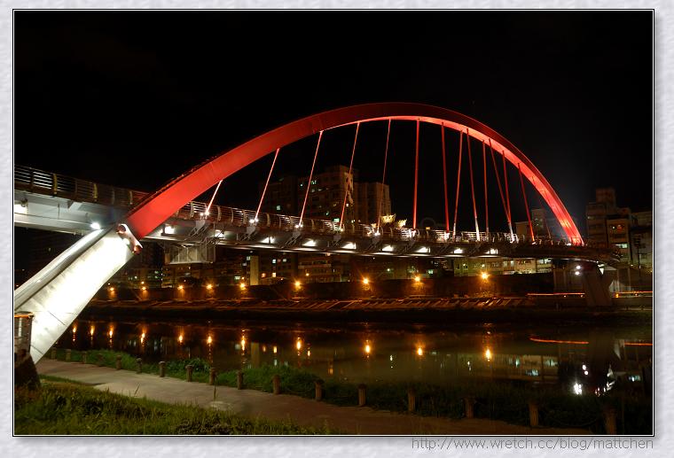 1971868472-松山彩虹橋