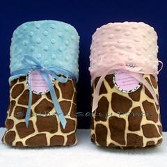 Giraffe Minky Blankets (SouthernSassyPants) Tags: handmade blanket etsy custom chenille minky minkee etsykids southernsassypants minkyblanket babyshowergiftbabytoddlerbaby
