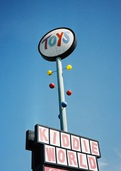 Kiddie World Googie Sign, San Jose (1960 - 2001) (hmdavid) Tags: california sign toy toys store sanjose 1960s googie midcentury spaceage kiddieworld