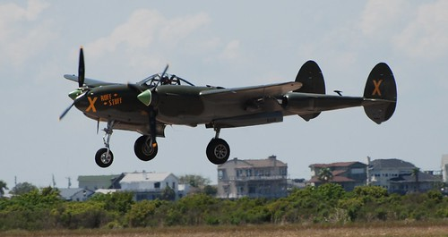 Warbird picture - P-38 Lightning