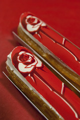 clair Rose Passion, Fauchon Paris, Shinjuku Takashimaya (yuichi.sakuraba) Tags: cake tokyo shinjuku sweets  eclair takashimaya gateau  fauchon gteau  clair       fauchonparis