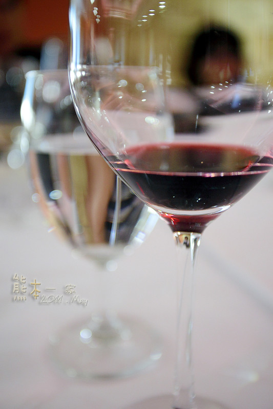 台中南屯楓康超市周邊美食|義馨雅廚|義馨行酒坊~料理&葡萄酒品酩