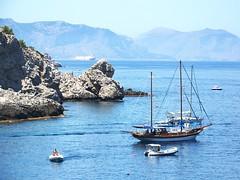Capo Zafferano (eufrapi (il mio acronimo)) Tags: sea italy landscapes marine mare barche sicily palermo paesaggi sicilia scogliere bagheria panorami capozafferano sflavia cappellodinapoleone trepiscine