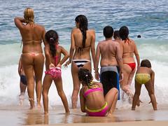 The same group before the wave hit them (Ricardo Carreon) Tags: girls boy brazil people woman man praia beach boys girl meninos rio brasil riodejaneiro children pessoas topv555 topv333 women rj gente topv1111 topv999 topv444 playa copacabana bikini topv777 feed mulheres swimsuit topv666 mujeres homem meninas bathingsuit hombre plague biquini swimware