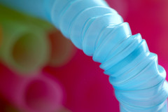 39/365 (anna.creedon) Tags: abstract colour macro canon neon bokeh plastic hue straws day39 bendy 50mmf18 kenko extensiontubes project365 drinkingstraws canon400d project3661 project365080209 project36508feb09