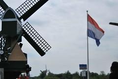 Dutch flag in Kinderdijk (Luigi Mele) Tags: windmill kinderdijk dutchflag