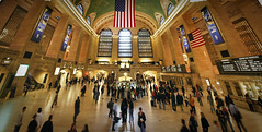 Grand Central Terminal in New York (Werner Kunz) Tags: world city nyc trip travel vacation urban panorama usa holiday ny newyork america train photoshop town us nikon unitedstates manhattan pano urlaub north wideangle center american stadt northamerica metropolis amerika soe hdr centralstation werner reise stich metropole stiches kunz photomatix vereinigtestaaten nordamerika vereinigtestaatenvonamerika 20fav colorefex abigfave nikond40x topazadjust updatecollection werkunz1