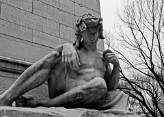 Maine Memorial Statue (musicmuse_ca) Tags: nyc bw statue centralpark manhattan columbuscircle spanishamericanwar mainememorial