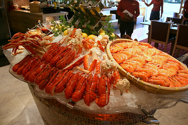 Canadian lobsters, tiger prawns, and snow crabs