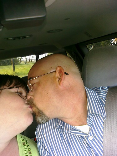 """I sent this to Cassie after Tom and I's """"date"""" - I told her I was gonna kiss her Daddy :)"""