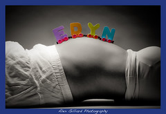 Tanna's Maternity Shoot! (Alex Gilliard) Tags: bw baby color portraits alien pregnancy spot pregnant bee belly maternity lightroom tanna strobist