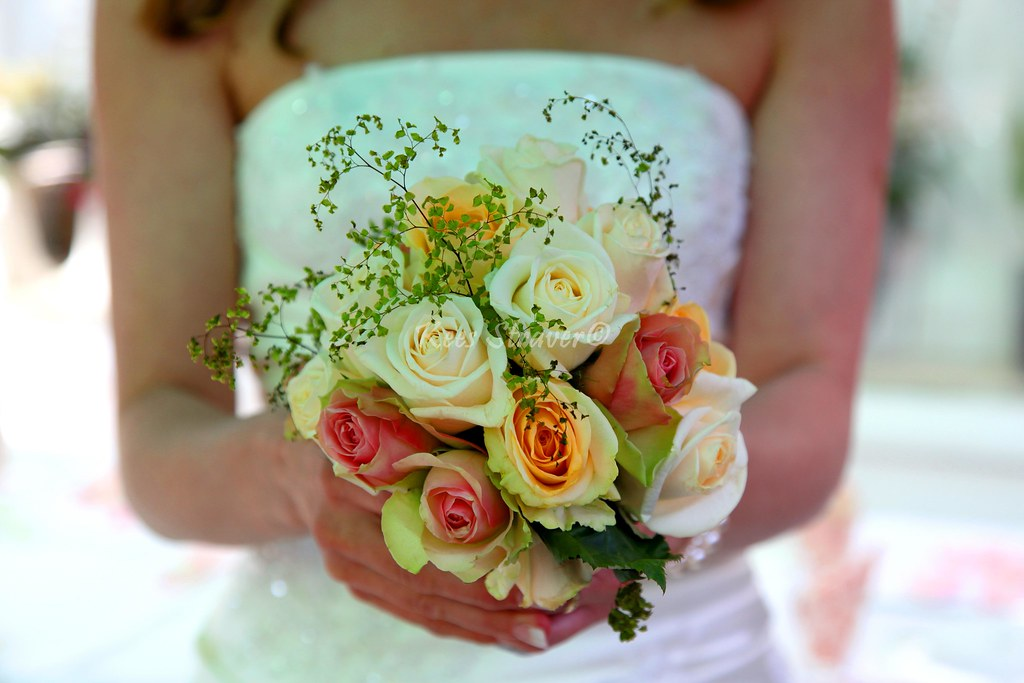 The bouquet – Wedding photography