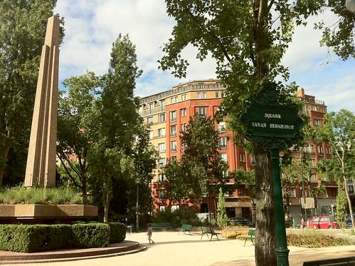 Square Sarah Bernhardt à Paris