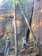 2011 05 25 climbing at Pinnacle Rock, Plainville CT 003