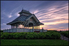 Police Memorial Pavilion (Explore) (Uncle_Greg) Tags: sunset night purple ottawa parliament government parliamenthill hdr parliamentbuildings houseofcommons centreblock d90 unclegreg canadiangovernment tamron1750 gregstevenson policememorialpavilion