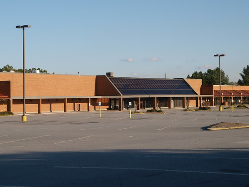 Kroger (Pleasant Hill Road)