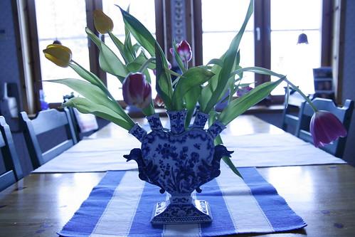 Tuesday tulips by kajsatengvall.
