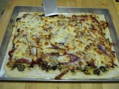 Pizza pioppini, prosciutto e provola