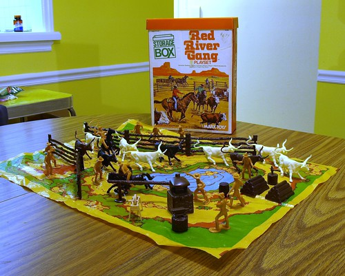 Red River Gang Playset