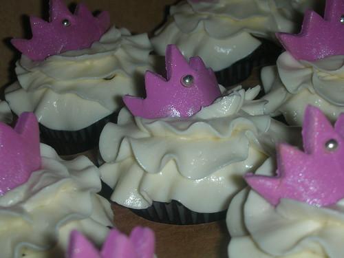 vanilla tiara cupcakes - mini