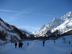 IMG_1006 (nuthinking) Tags: mountain snow courmayeur