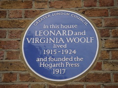 Photo of Virginia Woolf and Leonard Woolf blue plaque