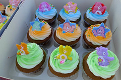 care bear cupcakes